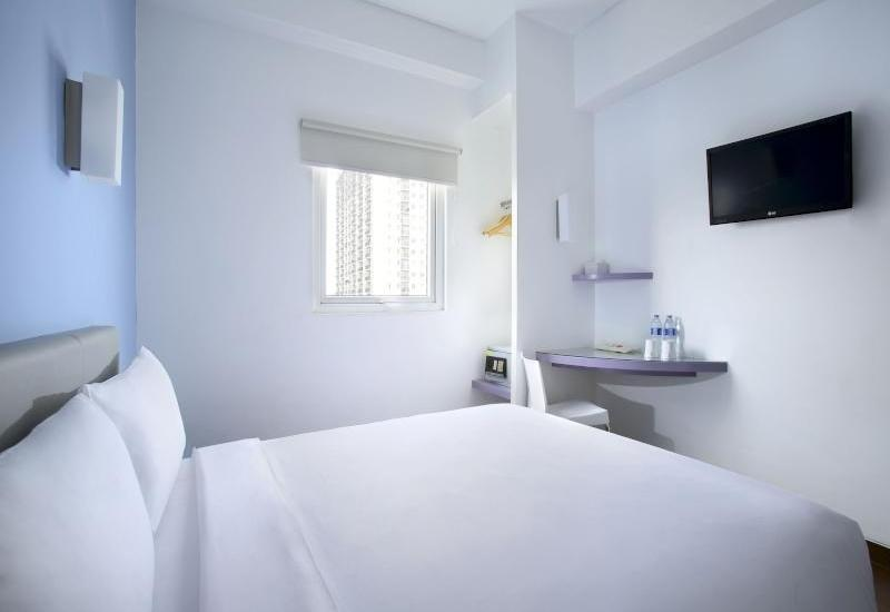 Amaris Hotel Ponorogo - Double Bed