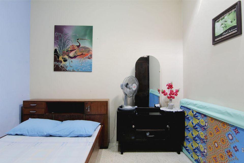 Kamar penginapan di Hotel Fevytra Syariah