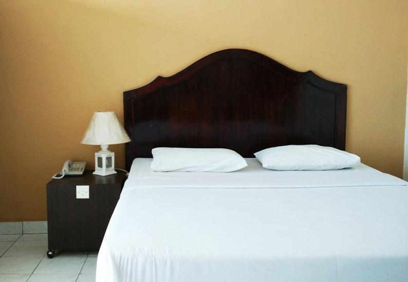 Benteng Hotel Padang - Kamar Superior