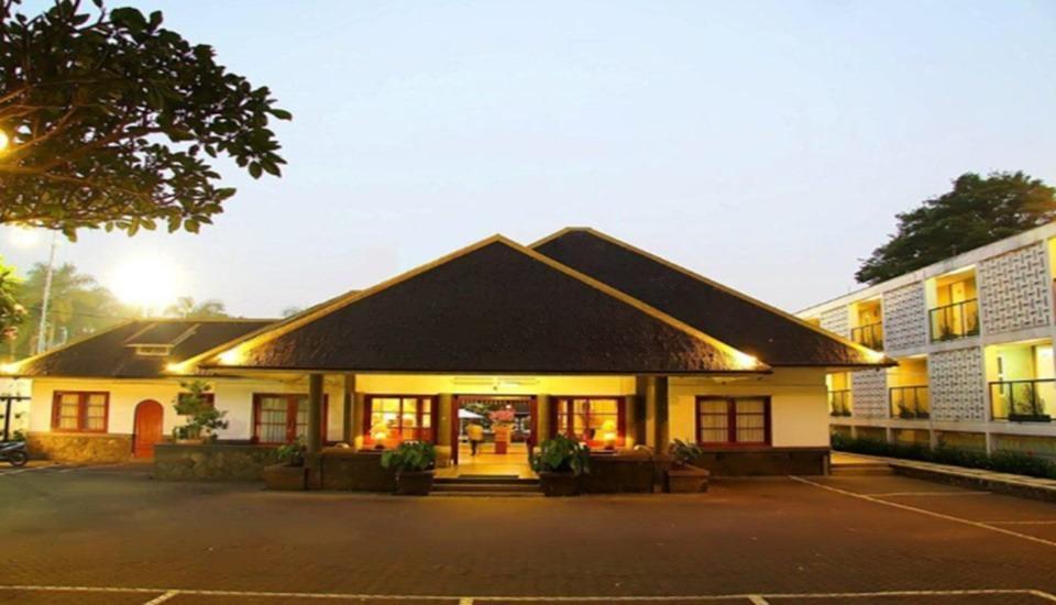 Concordia Hotel  Bandung - Exterior