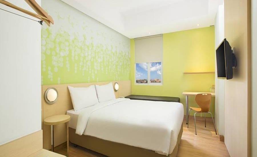Zest Hotel Legian Bali - Zest Queen Room - Room Only Regular Plan