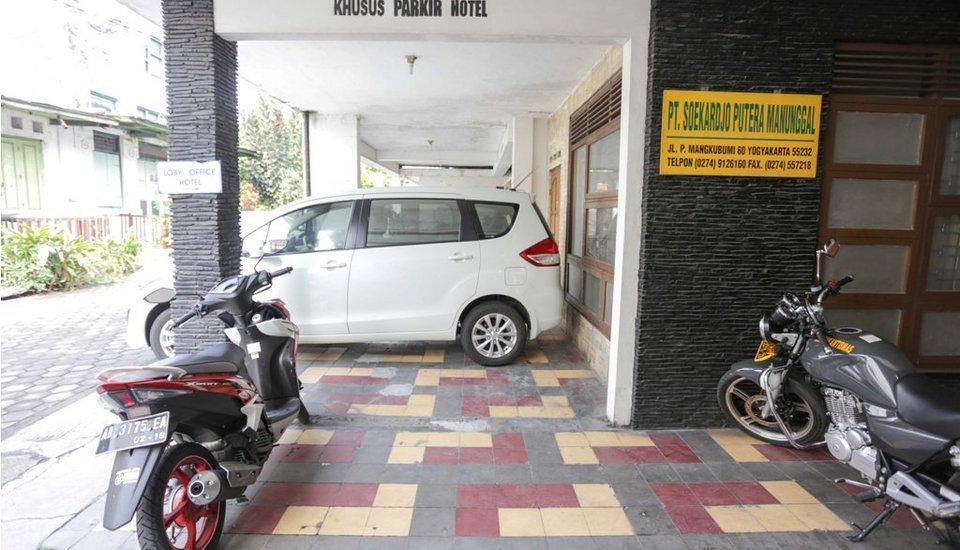 Hotel KU Yogyakarta - Area Parkir