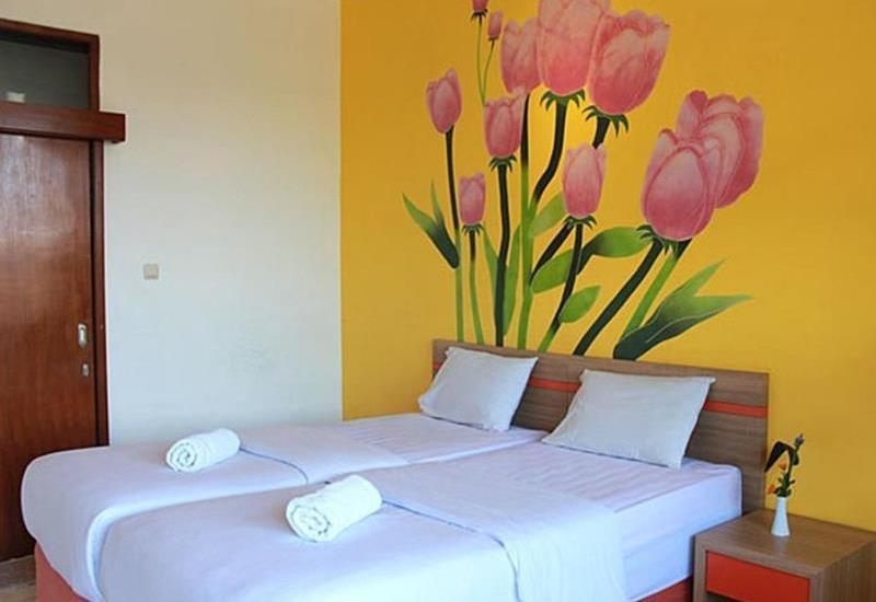 Maple House Lembang - 2 Bed Saver Rate