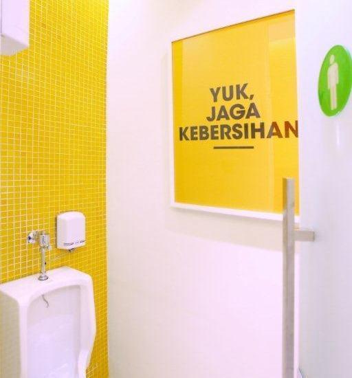 Zuri Express Palembang - Rest Room