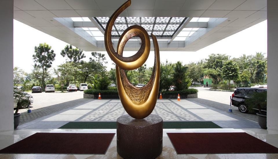 Hotel Syariah Solo - lobby