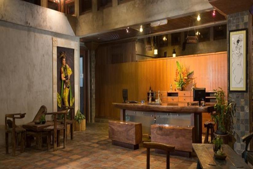 Ketapang Indah Hotel Banyuwangi - Resepsionis