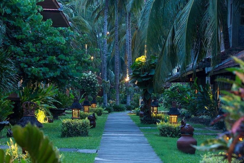 Ketapang Indah Hotel Banyuwangi - Taman