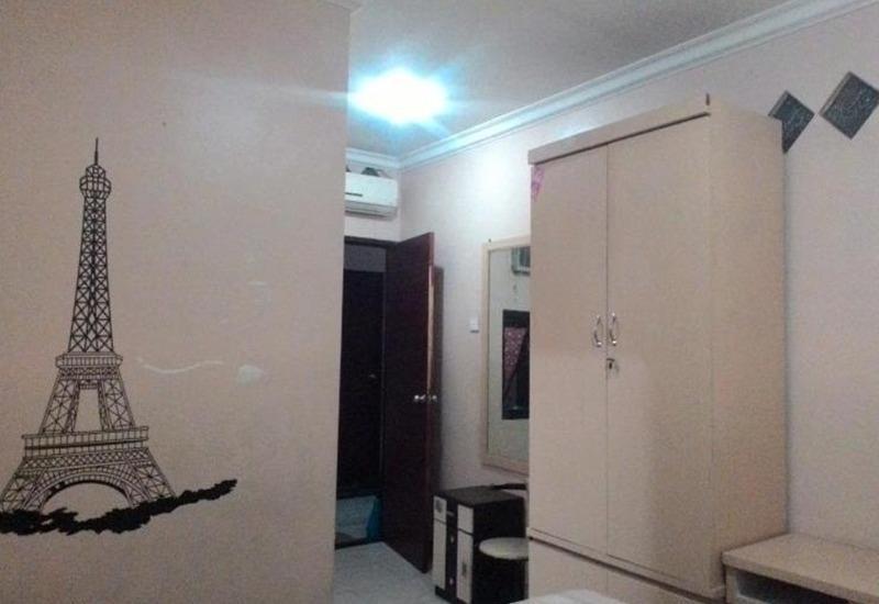 Family Guest House Baratajaya 56 Surabaya - Kamar tamu