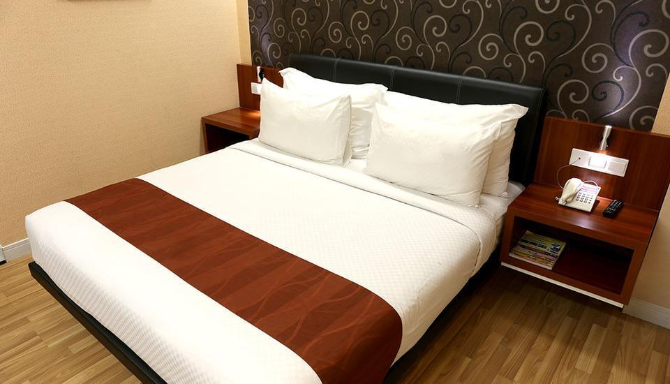 Citihub Hotel Jogja - Saphire King Room Only Regular Plan