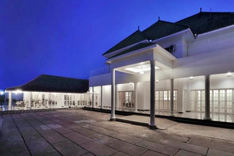 Menumbing  Heritage Hotel Bangka - Tampilan Luar Hotel