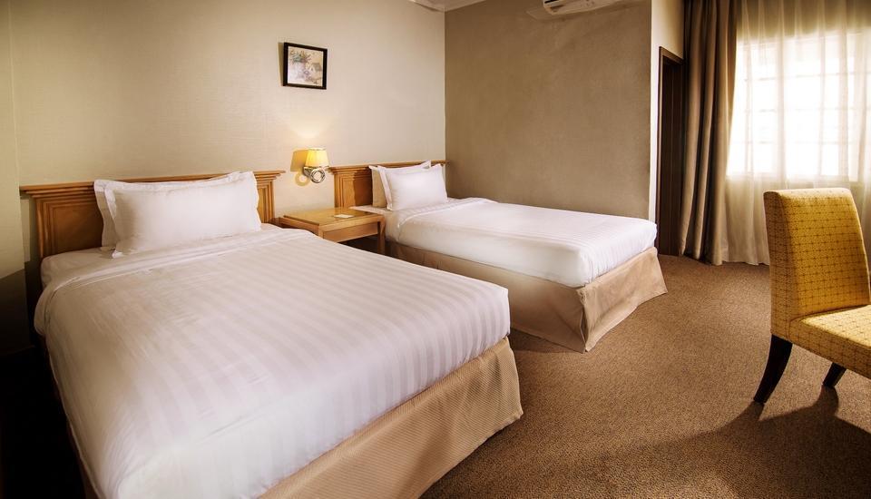 Menumbing  Heritage Hotel Bangka - Superior Twin Bed Room With Breakfast Regular Plan