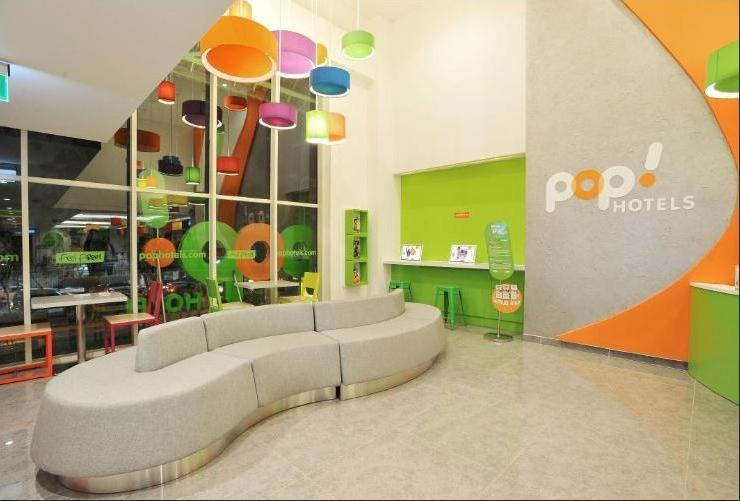 POP Hotel Diponegoro Surabaya - Lobby