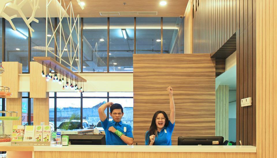 POP Hotel Bandung - Lobby