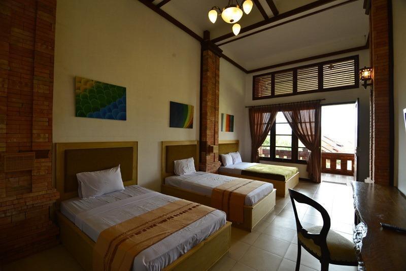 Jawa Dwipa Resort Solo - VIP Room
