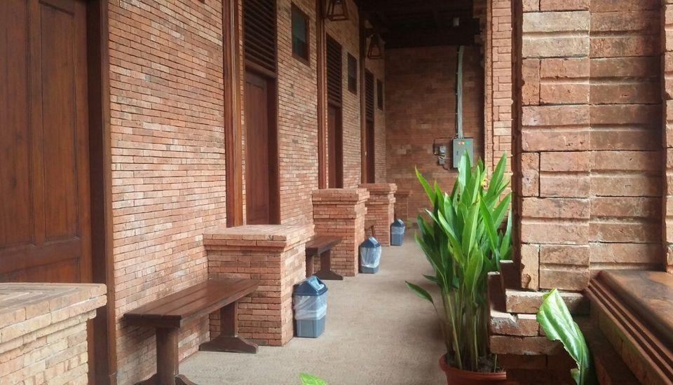 Jawa Dwipa Resort Solo - Dua temapt tidur Regular Plan