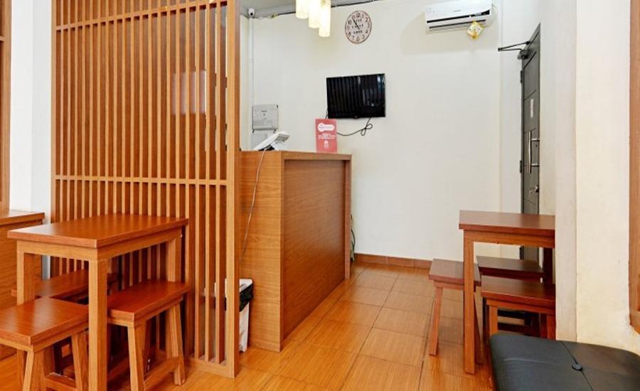 ZEN Rooms Duren Sawit Dermaga - Front Desk