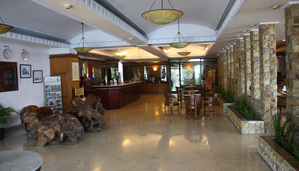 Hotel Bumi Asih Jaya Bandung - Lobi