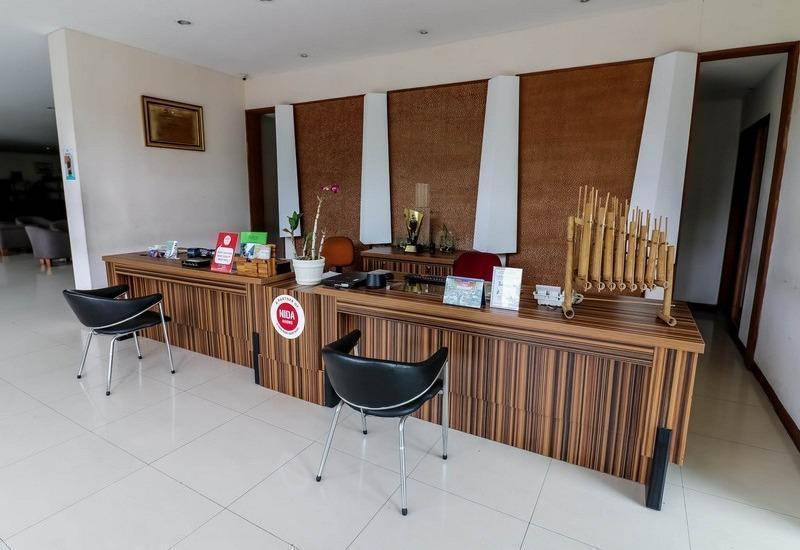 NIDA Rooms Perdana Raya Istana Bogor - Resepsionis