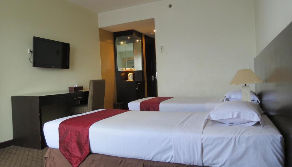 Hotel Perdana Wisata Bandung - Deluxe B Room Only Regular Plan