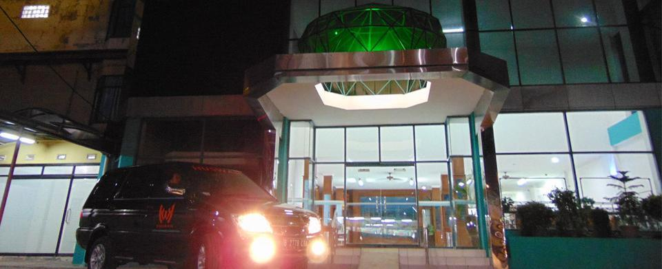 Hotel Huswah Tangerang - Exterior