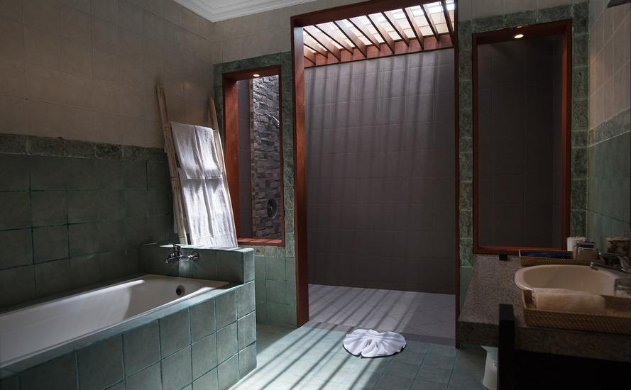 The Tukad Villa Bali - Bathroom