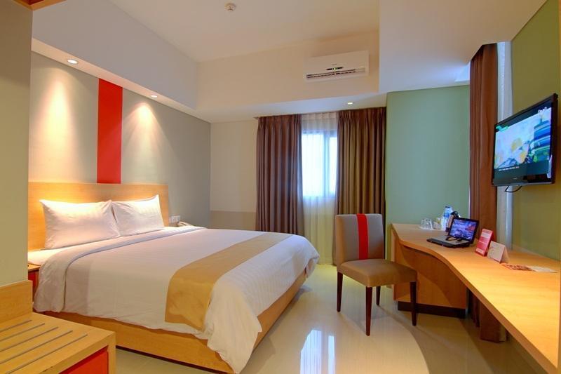 Hom Hotel Semarang - Kamar Deluxe