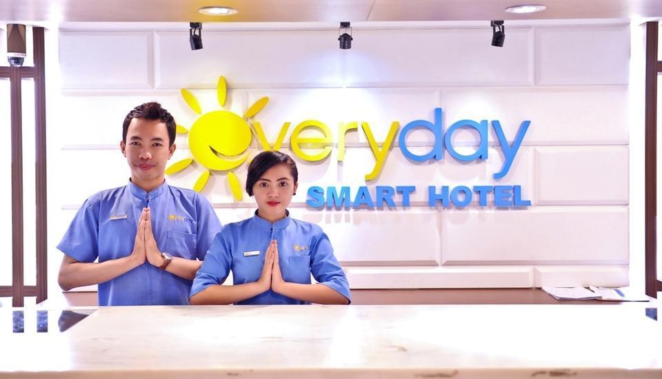 Everyday Smart Hotel Malang - Service