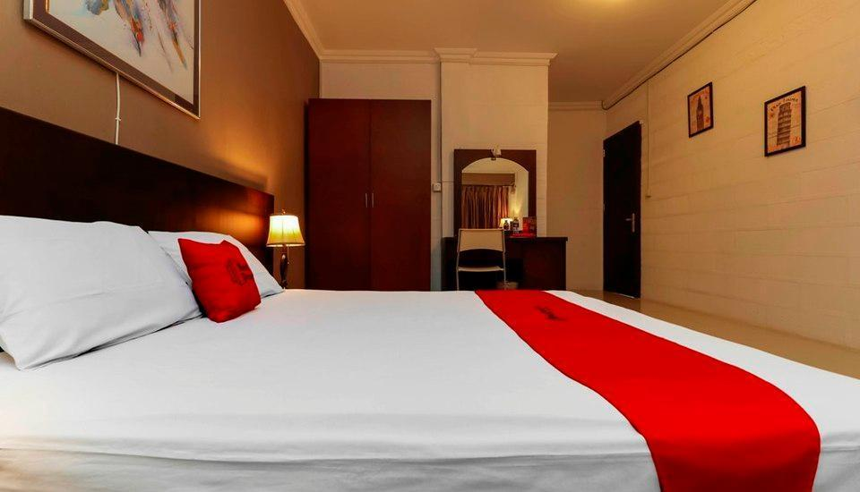 RedDoorz Plus @ Batam Center Batam - Guestroom