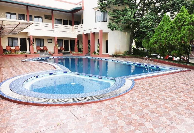 NIDA Rooms Cipayung Puncak Pass - Kolam Renang