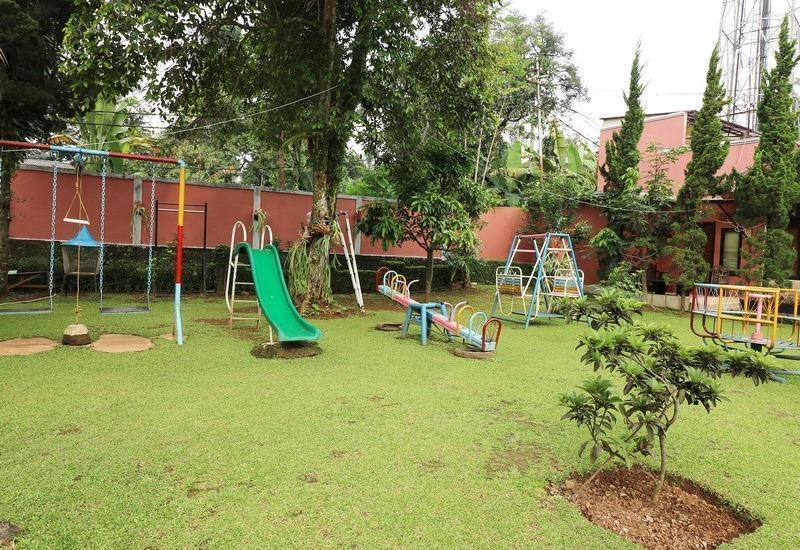 NIDA Rooms Cipayung Puncak Pass - Bermain Anak-anak