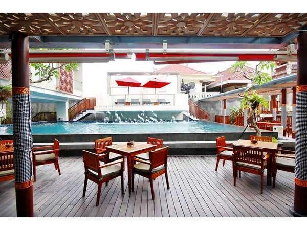 Horison Seminyak - Swimming Pool view from Mantri Manika Restaurant
