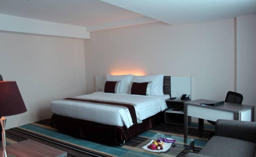 Swiss-Belhotel Makassar - Grand Deluxe Room Regular Plan