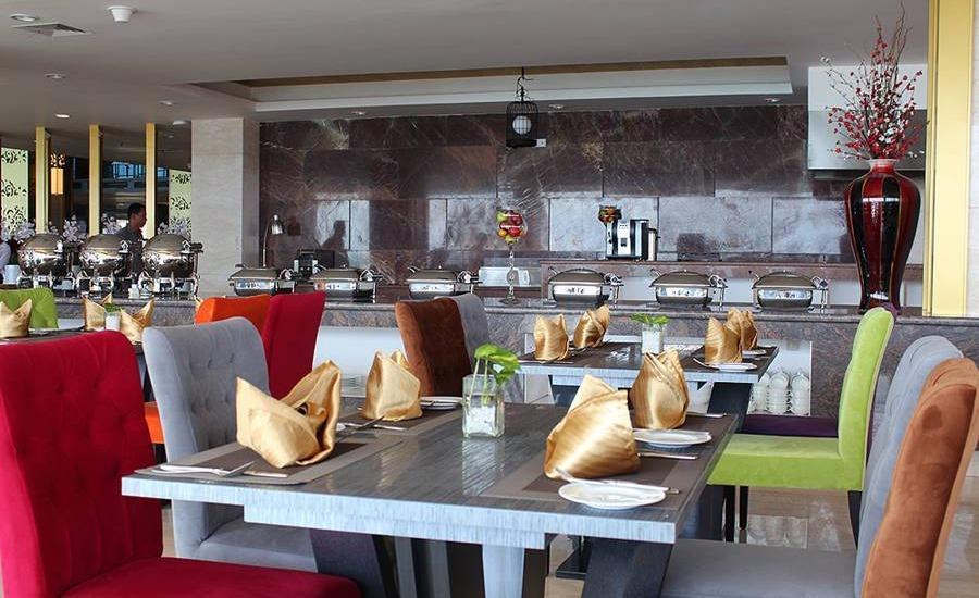 Swiss-Belhotel Makassar - Cafe