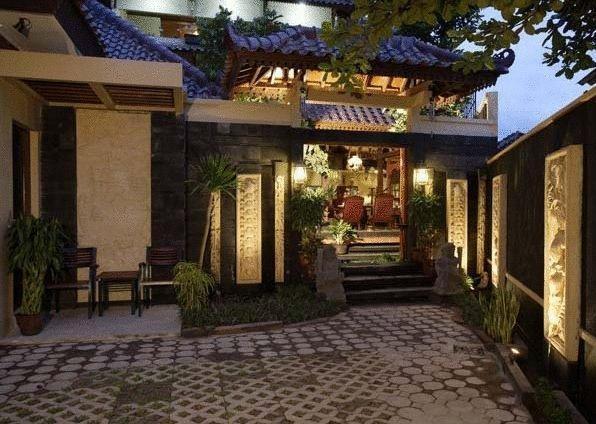 Adya Nalendra Boutique Hotel Yogyakarta - TERAS SISI KANAN