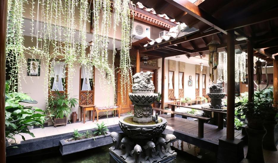 Adya Nalendra Boutique Hotel Yogyakarta - Garden view1