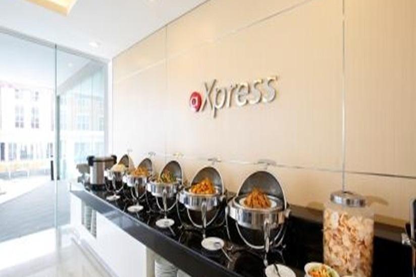 Hotel Amaris Karawang - Ruang makan