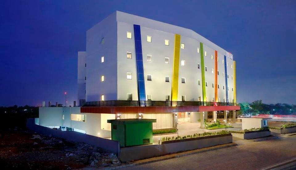 Hotel Amaris Karawang - Eksterior