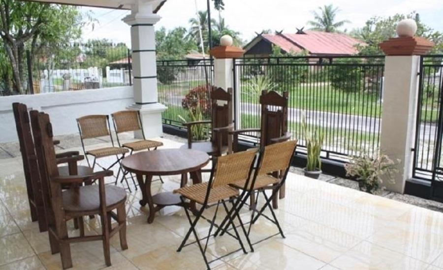 Avicenna Hotel Palangkaraya - Teras