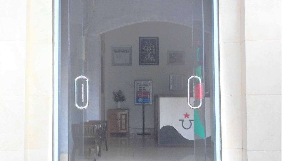 Avicenna Hotel Palangkaraya - Pintu Masuk