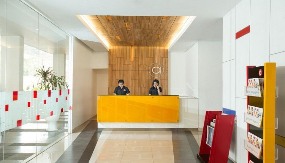 Amaris Hotel Tangerang - Receptionist