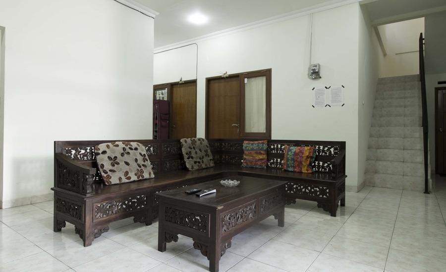 RedDoorz near Pulo Gadung Jakarta - Interior