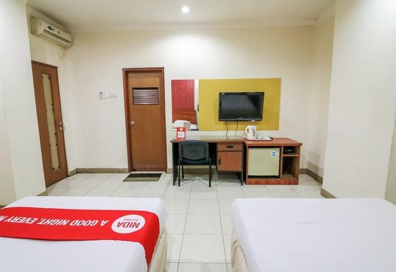 NIDA Rooms Panakkukang Fort Rotterdam - Double Room Double Occupancy Special Promo
