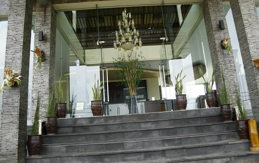 Hotel Pesona Bamboe Bandung - Hotel Front Building