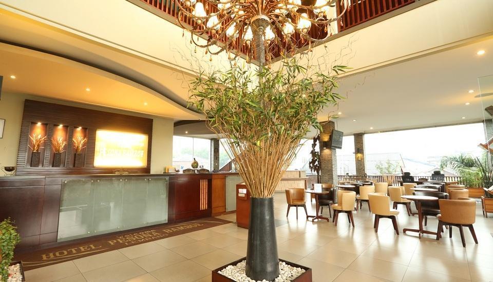 Hotel Pesona Bamboe Bandung - lobby