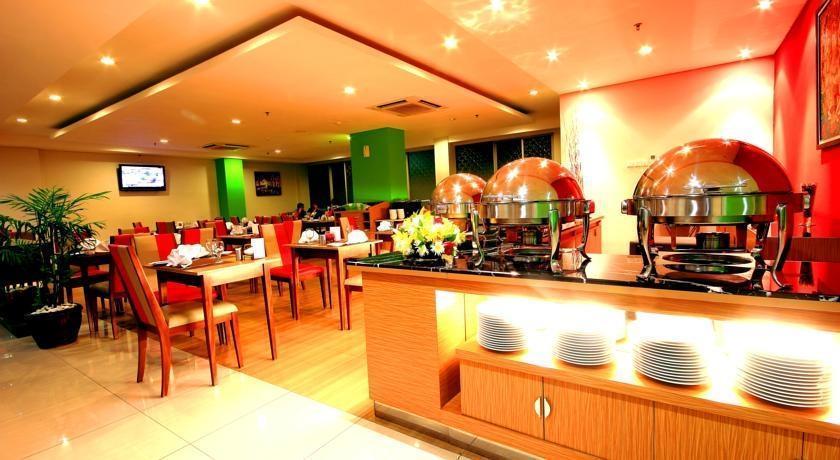Atrium Premiere Yogyakarta - Restaurant