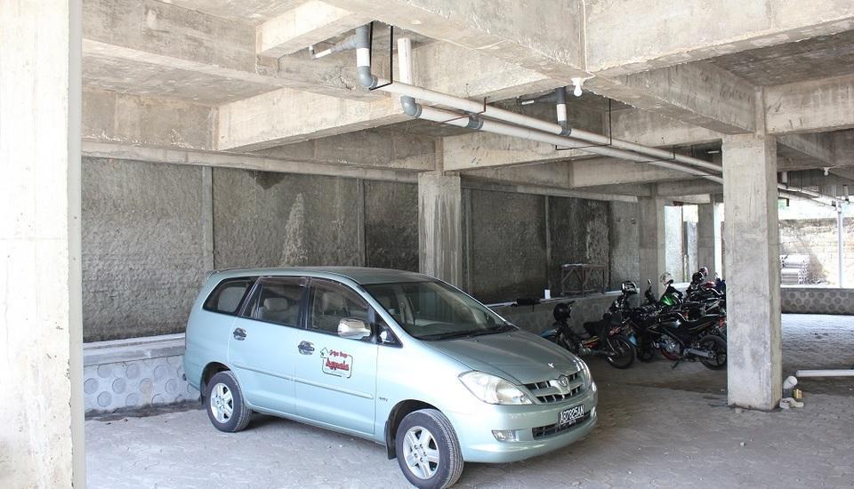 Griya Inap Moeslem Kemala Seturan Yogyakarta - Area parkir