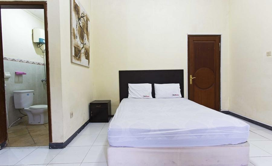 RedDoorz @ Kemang Ampera Jakarta - RedDoorz Room Special Promo Gajian!