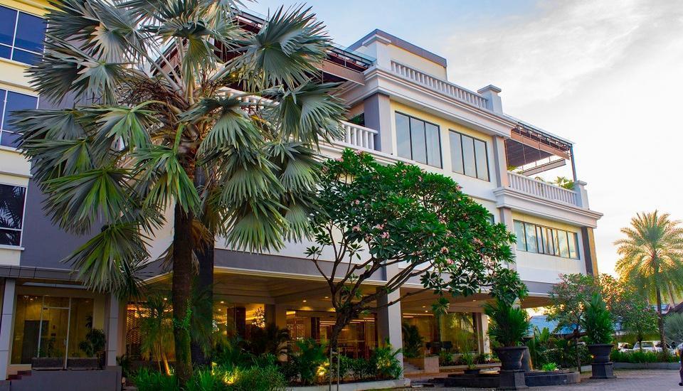Rattan Inn Banjarmasin - depan hotel