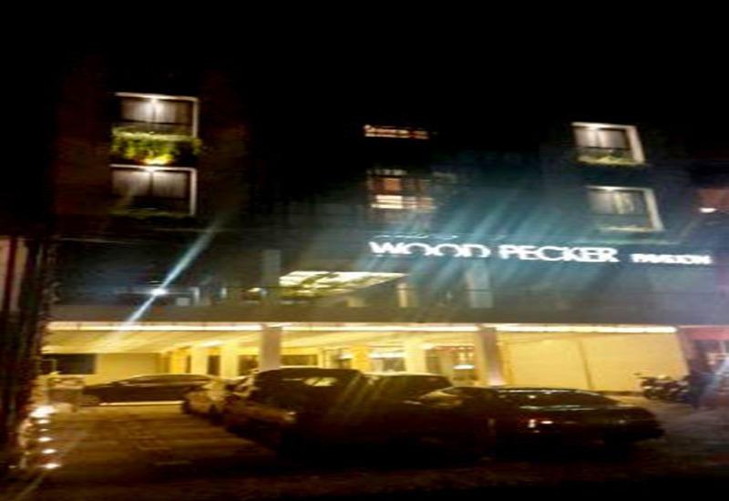 Woodpecker Hotel Yogyakarta - Eksterior