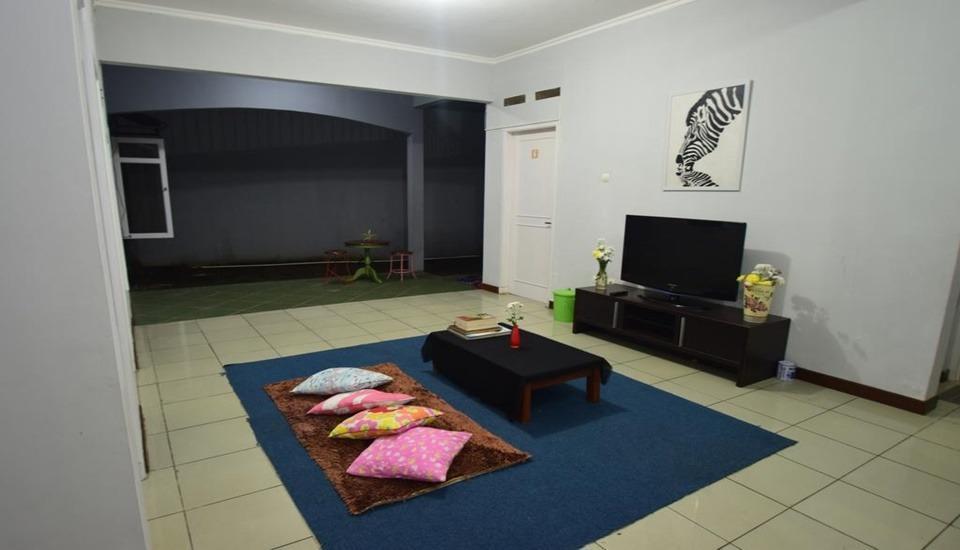 D&D Backpacker Guesthouse Bandung - Interior